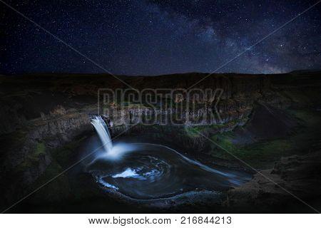 Night Star Trail Time Lapsed Exposure in Palouse Washington