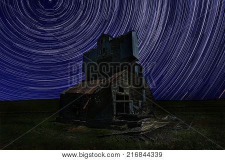 Night Star Trail Time Lapsed Exposure in Palouse Washington