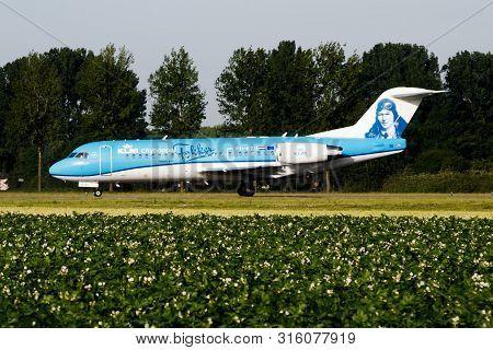 Amsterdam / Netherlands - July 3, 2017: Klm Royal Dutch Airlines Special Livery Fokker 70 Ph-kzu Pas