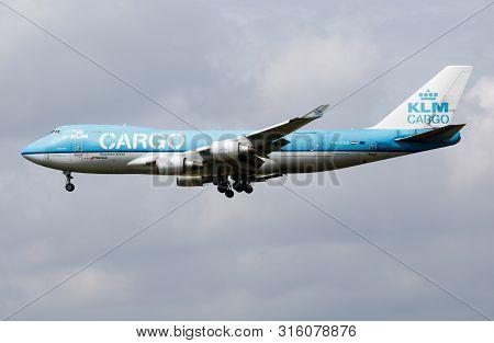 Amsterdam / Netherlands - July 3, 2017: Klm Cargo Boeing 747-400 Ph-cka Cargo Plane Arrive And Landi