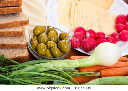 Fresh Vegetable, Olives, Cheese And Bread