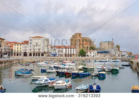 Castro Urdiales,spain - May 17,2019 - View At The Harbour In Castro Urdiales Town. Castro Urdiales I