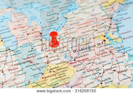 Red Clerical Needle On A Map Of Usa, South Ohio And The Capital Columbus. Close Up Map Of South Ohio