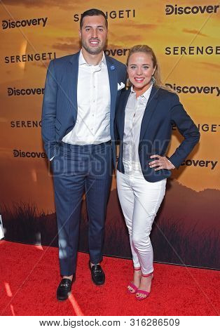 LOS ANGELES - JUL 23:  Jeremy Vuolo and Jinger Vuolo arrives for the 'Serengeti' Special Screening on July 23, 2019 in Beverly Hills, CA