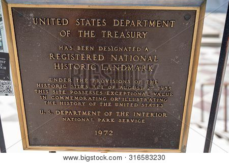 Washington, Dc - August 4, 2019: Plaque Noting The Registered National Historic Landmark Of The Unit
