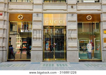 Bari, Italy - July 30, 2019: Gucci Boutique. Gucci Is An Italian Luxury Brand Of Fashion And Leather