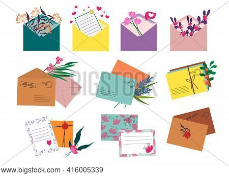 Set Of Postal Envelopes With Flowers. Vector Elements For Use In Postcards, Decor And Design, Invita