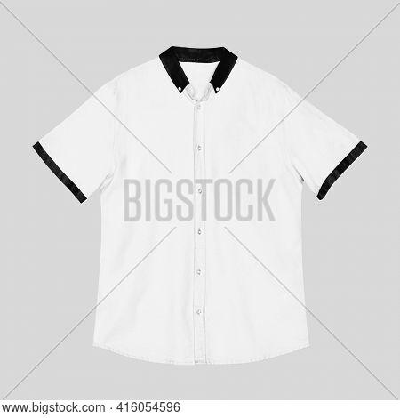 Men's white short sleeve shirt casual apparel