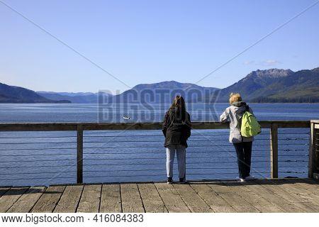 Strait Point, Alaska / Usa - August 13, 2019: Tourists Looking The Landscape At Strait Point, Strait