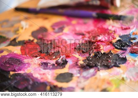 Art, Creativity And People Concept - Close Up Of Artist With Palette Knife Painting Still Life On Ea
