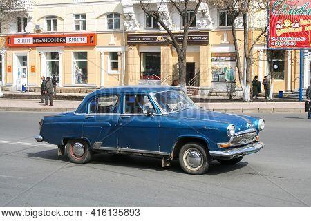 Ufa, Russia - April 25, 2008: Soviet Luxury Car Gaz 21 Volga In The City Street.