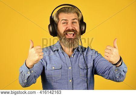 Dj Hipster. Excellent Music Playlist. Rhythm Concept. Noise Cancellation Function. Music Beat. Man B