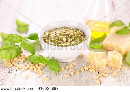 pesto sauce with parmesan and basil