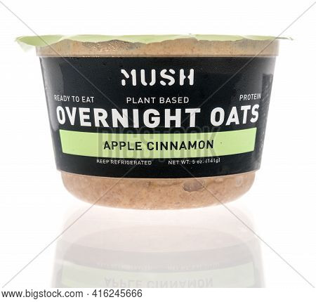 Winneconne, Wi - 7 April 2021:  A Package Of Mush Plant Based Overnight Oats On An Isolated Backgrou