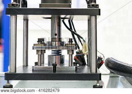 Hydraulic Press Machine During Metal Spring Test Property Durability Endurance Fatigue Pressure Forc