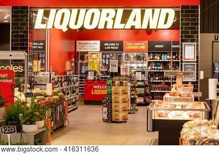 Sydney, Australia 31-08-2019: Entrance To Liquorland Store. Liquorland Is An Australian Liquor Chain