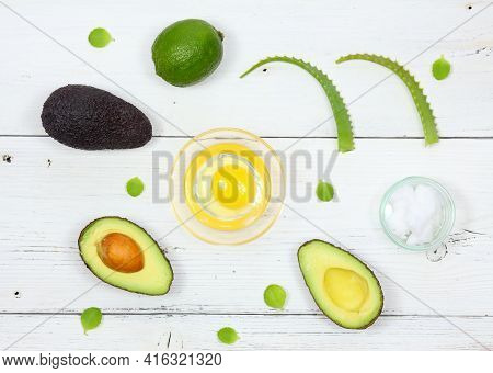 Natural Ingredients For Smoothing, Softening And Hydrating Your Hair.  Avocado, Aloe Vera, Lemon, Yo