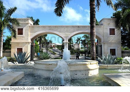 PUNTA CANA, DOMINICAN REPUBLIC - DEC 21, 2016: Fountain and entrance to Dreams Punta Cana in the Dominican Republic. The resort is one of several properties in the AMResorts Collection.