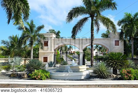 PUNTA CANA, DOMINICAN REPUBLIC - DEC 21, 2016:Fountain and entrance to Dreams Punta Cana in the Dominican Republic. The resort is one of several properties in the AMResorts Collection.