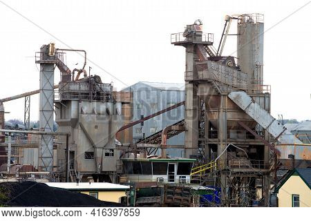 Crushing Plant And Limestone Mine Dust Cement