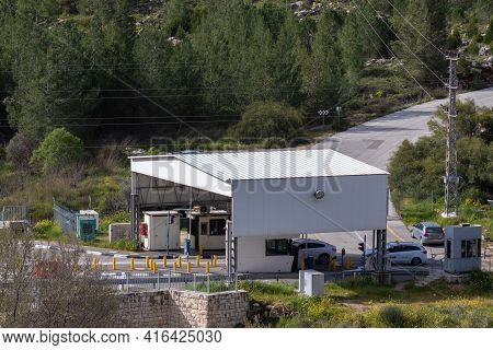 Jerusalem-israel. 10-03-2021. Ein Yael Checkpoint In Jerusalem Near The Har Gilo Neighborhood, Desig