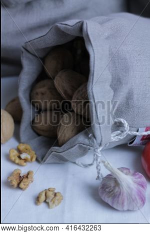 Zero waste packing, flax packing, nuts packing, eco packing