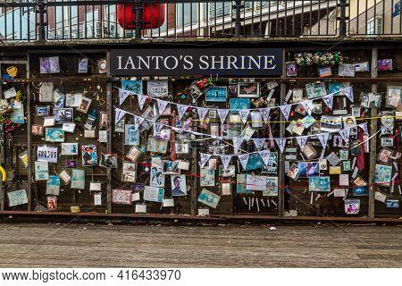 Editorial, Iantos Shrine, Shrine To Ianto Jones From Tv Programme Torchwood