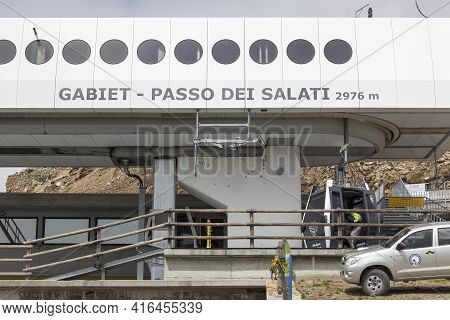 Monte Rosa, Italy - August 20, 2020: View Of Cable Car Gabiet To Passo Dei Salati In Italy