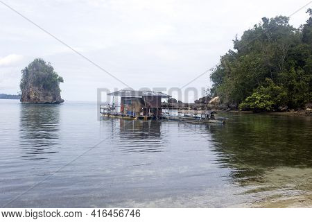 Kadidiri, Indonesia - August 20, 2017: View Of Floating House For Rent In Tropical Island Of Indones