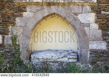 Tombstone Abbess Statue In Ribeira Sacra. San Xoan Da Cova