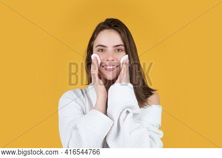 Girl Holding Gentle Facial Sponge For Morning Daily Exfoliation. Beauty Portrait Of Beautiful Female
