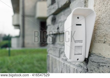 Motion Sensor For External Protection. Volumetric External Infrared Which Uses Different Technologie