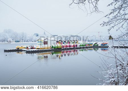 Nuremberg, Germany - February 8, 2021: Deserted Boat Hire Stall At A Lake In Winter Landscape In Nur