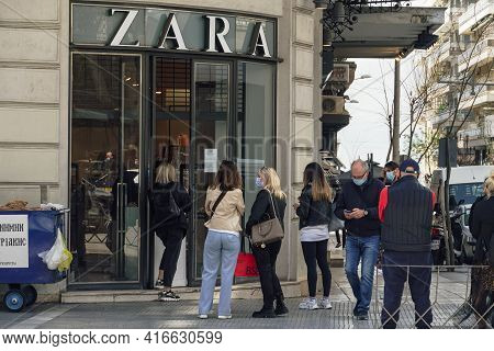 Thessaloniki, Greece - April 12 2021: Click And Collect Zara Store Entrance With Waiting Customers.
