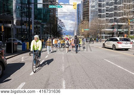 Downtown Vancouver, Bc, Canada - Apr 02, 2021: Anti Lockdown Protesters March In Protest Of Governme