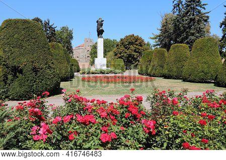 Belgrade, Serbia - August 15, 2012: Park Near Kalemegdan Fortress In Belgrade, Capital City Of Serbi