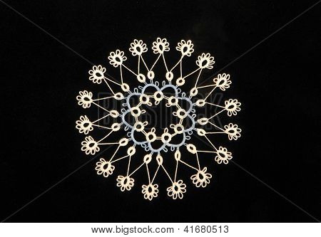 Tatted lace snowflake