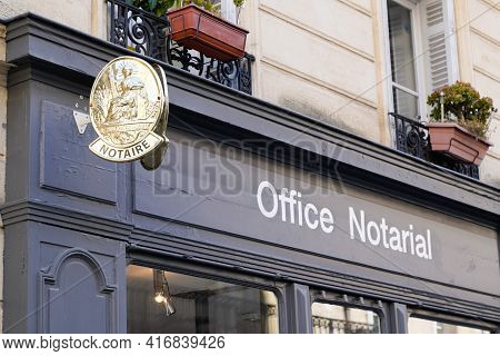 Bordeaux , Aquitaine France - 04 10 2021 : Notaire French Office Notarial Entrance Facades Sign Text