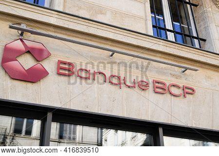 Bordeaux , Aquitaine France - 04 10 2021 : Bcp Banque De Commerce Et De Placements Text Sign And Bra