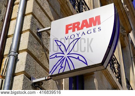 Bordeaux , Aquitaine France - 04 10 2021 : Fram Voyages Logo Brand And Text Sign Front Of Travel Age