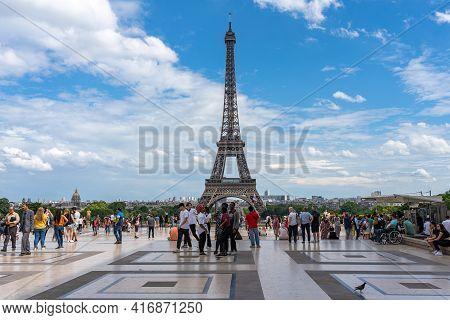 19 June 2019 - Paris, France: Many Tourists Visiting Paris And Famous Eiffel Tower