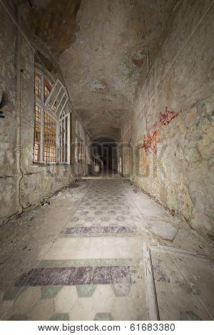 Fish Eye Shoot Of An Old Ruinous Corridor