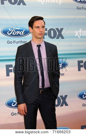 LOS ANGELES - SEP 8:  Cory Michael Smith at the 2014 FOX Fall Eco-Casino at The Bungalow on September 8, 2014 in Santa Monica, CA
