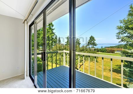 Walkout Deck With Glass Slide Door