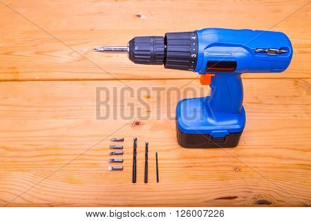 Flatbed Of Convenient Cordless Drill Cum Screwdriver Set With Bits
