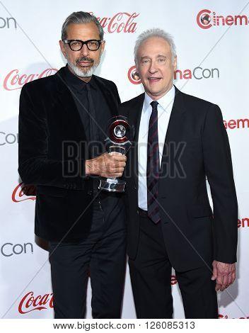 LOS ANGELES - APR 14:  Jeff Goldblum & Brent Spiner arrives to the Cinema Con 2016: Awards Gala  on April 14, 2016 in Las Vegas, NV.