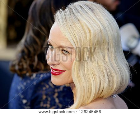 Naomi Watts at the 88th Annual Academy Awards held at the Dolby Theatre in Hollywood, USA on February 28, 2016.