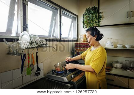 Mother Cooking Casual Adorable Happiness Life Concept