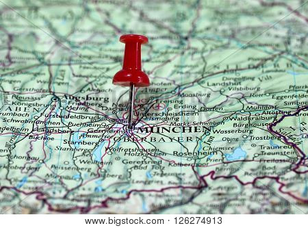 Map with pin point of Munchen in Germany
