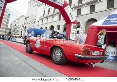BRESCIA, ITALY - APRILE 17, 2016:500 Miglia. Finish. ALFA ROMEO SPIDER, 1967 buil